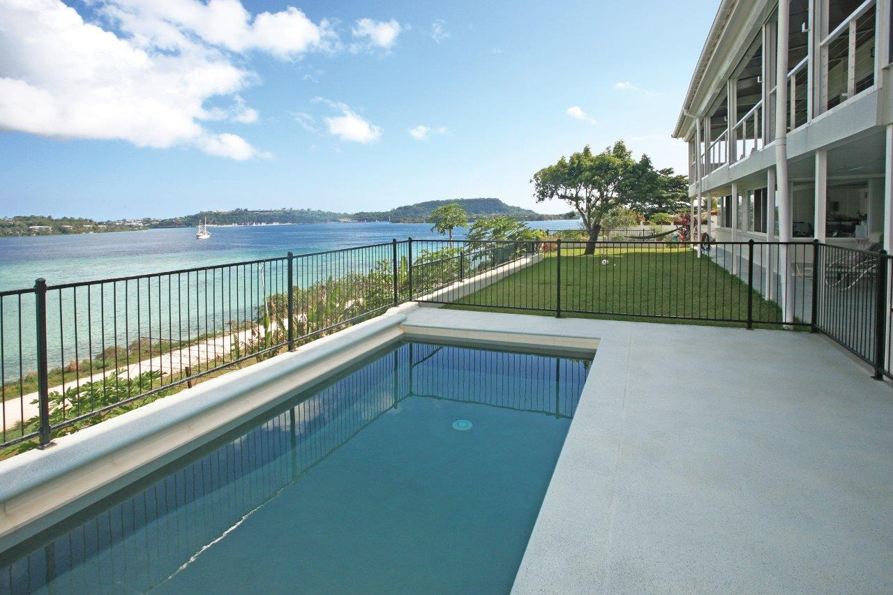 Swimming pool with view on the harbour