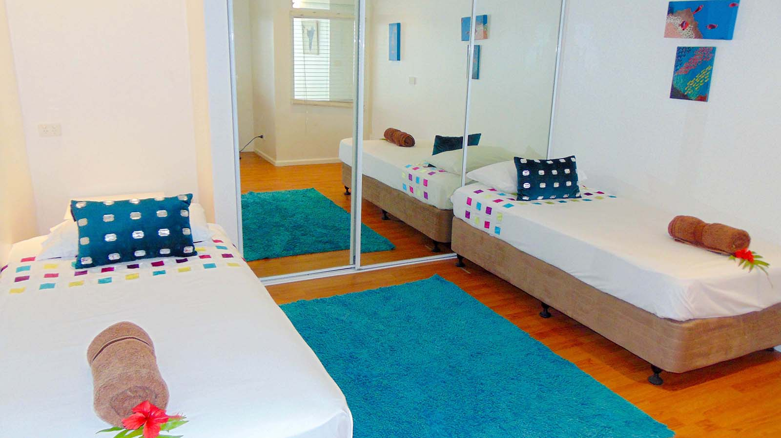 Bedroom n°3 - Two single beds